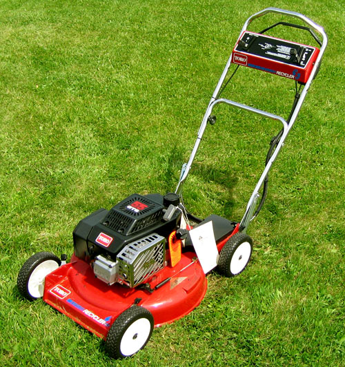 Bought a toro 20044 super recycler lawn mower and small for Best motor oil for lawn mowers