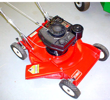 Toro Whirlwind Model 16551 2 Cycle Cast Aluminum Deck Lawnmower
